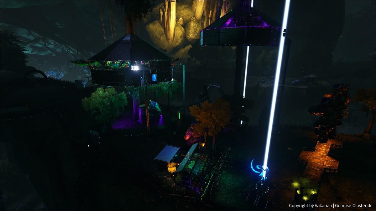 Baumhaus bei Nacht